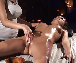 AMAZING VAGINAL MASSAGE