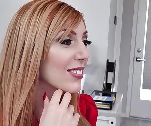 Lauren Phillips