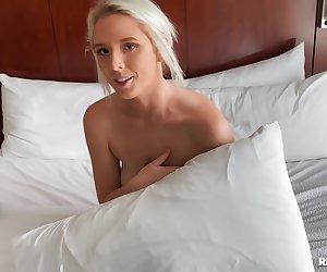 Chloe Kinks