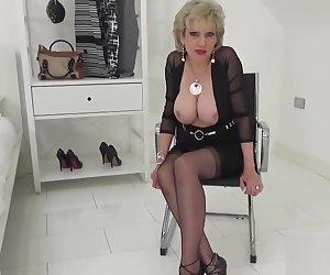 Gill Ellis,Huge Breasts