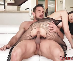 Kinky cougar gets facial after sucking dick and getting pounded