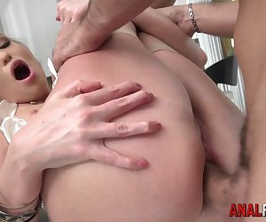European gapes her ass open and gets butt fucked before facial