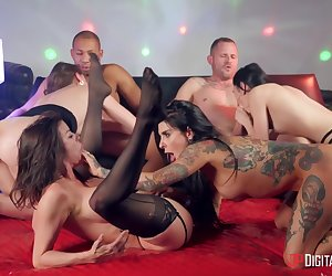 Judy Jolie, Ricky Johnson And Nataly Gold In Group Of Horny Bitches Get Properly Fucked In The Li