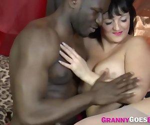 Gran in interracial hardcore threeway sucks black cock and eats pussy